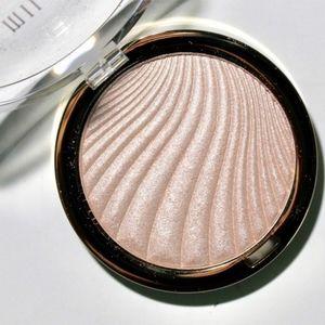 🍒 5/$20 new Milani Glow Luminous Shimmer Powder